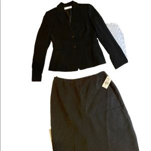 NWT TAHARI PIN-STRIPED PENCIL SKIRT SUIT WAS $199
